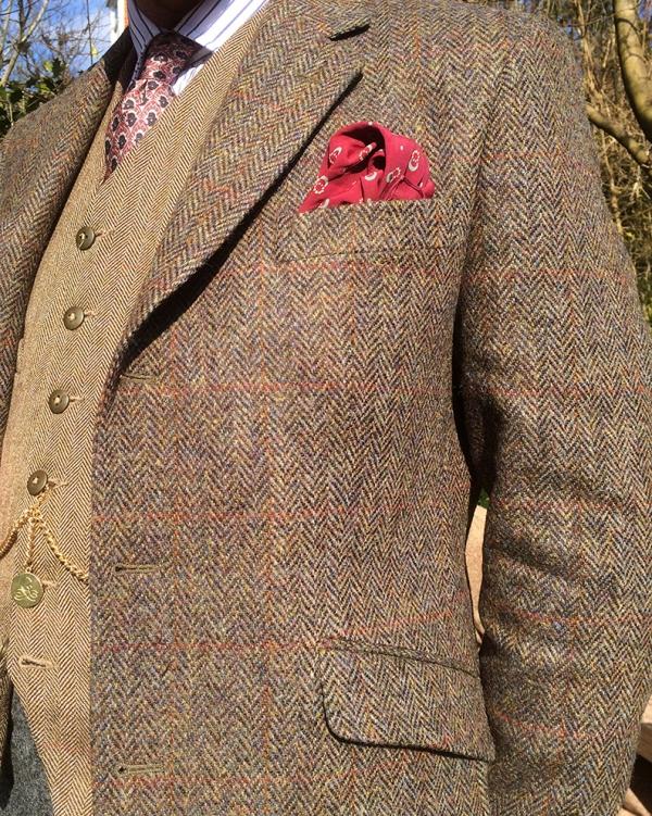 chap tweed detail