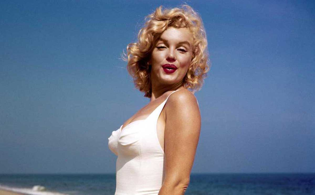 marilyn-monroe-swimsuit.jpg