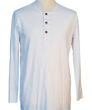Long-sleeved-undershirt