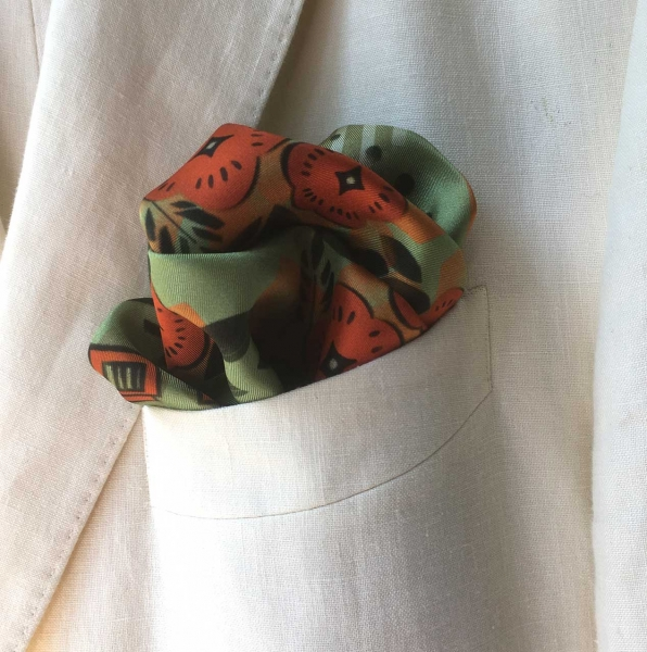 deco-floral-chap-pocket-square