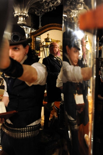 steampunk-9-333x500.jpg