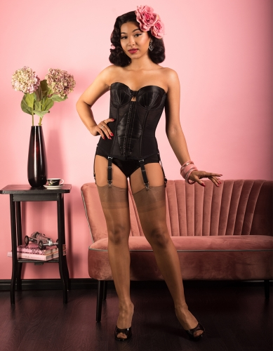 Miss-Eva-Leigh-fully-fashioned-copper-389x500.jpg