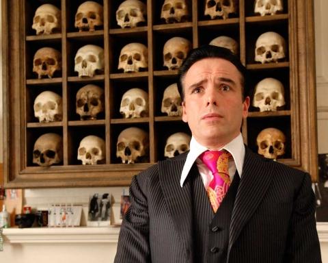 sebastian-horsley-skulls