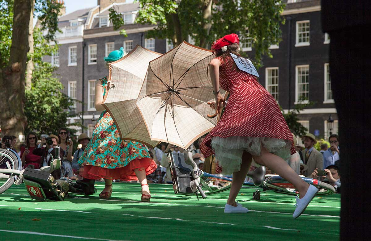 umbrella-jousting-ladies.jpg